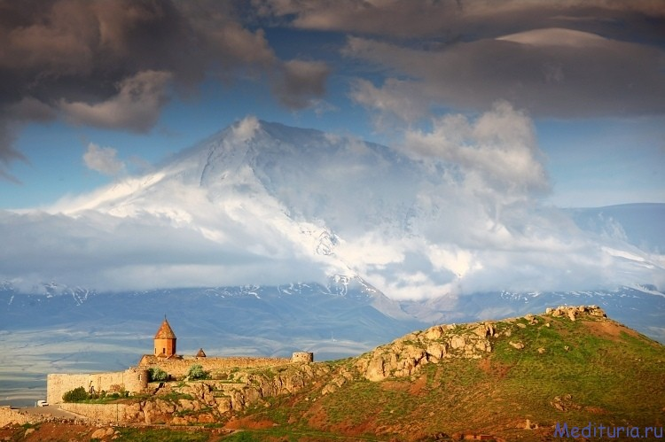 Майские праздники в Армении в медитативном темпе